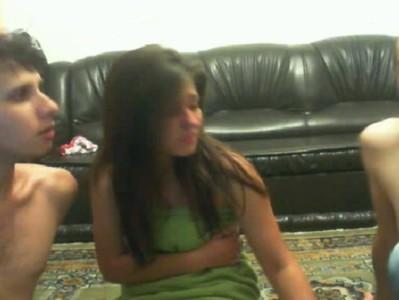 Novinha safadinha na suruba na webcamVideos Caseiros Brasileiros, Videos Amadores, Novinhas Amadoras