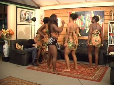 Africanal.Dancing