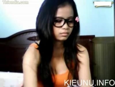 Kieunu.info - Clip gái Việt chat sex có tiếng rên rõ ràng