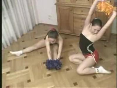 Twin cheerleaders 1 (teasing)